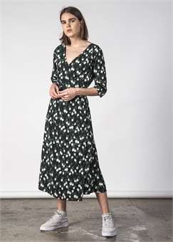 13f3598ad8eb WILLOW WARP DRESS SNOWDROP FLORAL WILLOW WARP DRESS SNOWDROP  FLORAL-womens-BONEYARD    PUKEKOHE - HOME