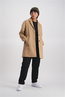 NARROW LAPEL COAT-womens-BONEYARD // PUKEKOHE - HOME