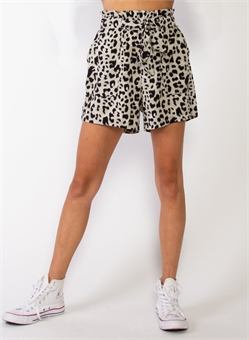 PARCEL SHORT SNOW LEOPARD-womens-BONEYARD // PUKEKOHE - HOME